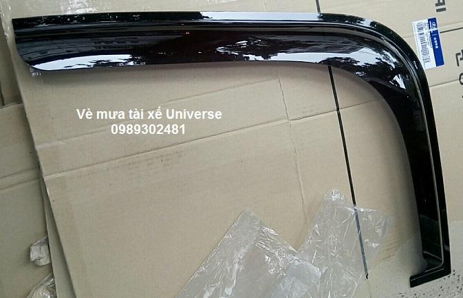 Vè mưa tài xế xe Universe