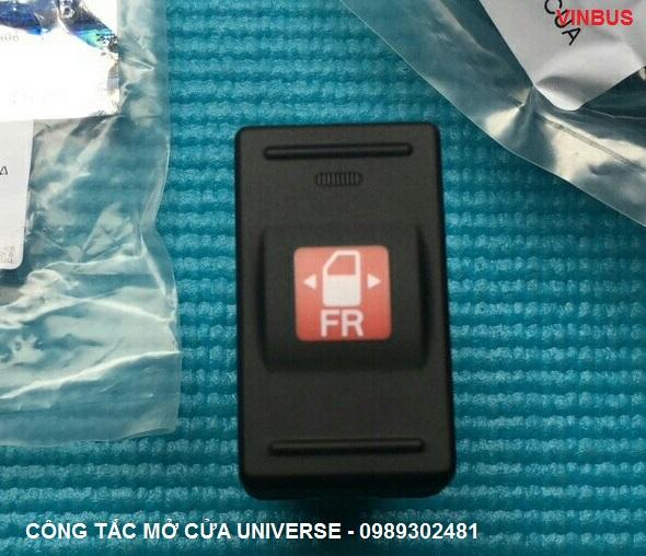 Công tắc mở cửa xe Universe - 934408D000