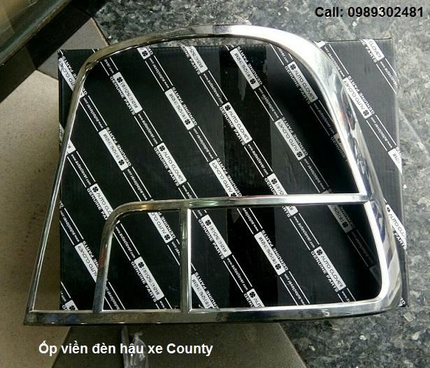 Ốp viền đèn hậu xe Hyundai County